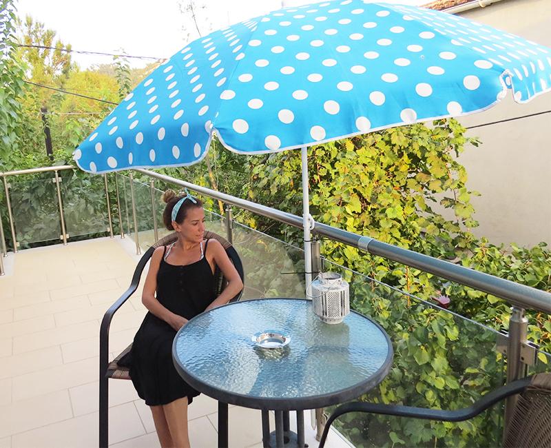 Hotel Athanasia - Odamızın balkonu ?
